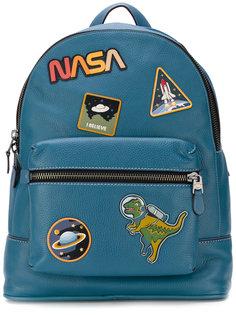 рюкзак с нашивками  Coach