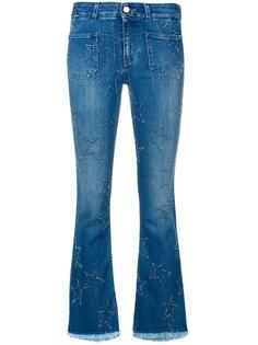 расклешенные джинсы с вышитыми взездами Stella McCartney
