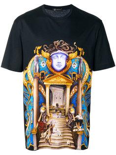 футболка с изображением замка Versace