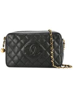 стеганая сумка на плечо на цепочке с логотипом Chanel Vintage
