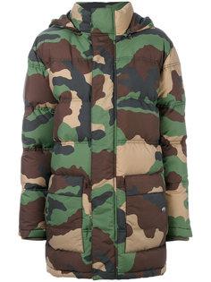 дутая куртка с камуфляжным принтом  Moschino