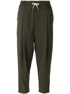укороченные спортивные брюки Drôle De Monsieur