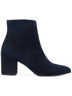 ботинки Trendy Stuart Weitzman