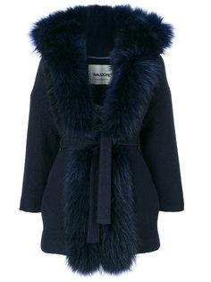 пальто с поясом и пушистыми лацканами  Ava Adore