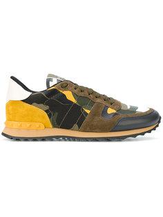 кроссовки с камуфляжным принтом Valentino