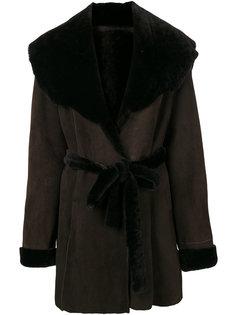 пальто с большим воротником  Liska