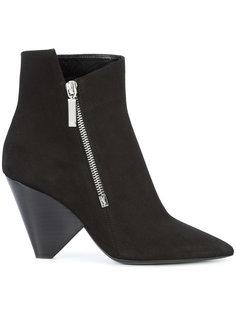 асимметричные ботинки Saint Laurent