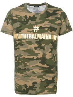 футболка с камуфляжным принтом и логотипом Balmain
