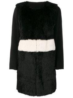 fur detail contrast coat  Luisa Cerano