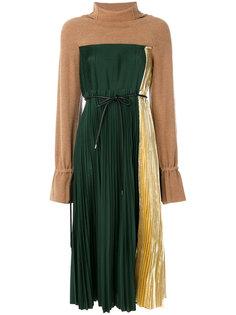 плиссированное платье с высоким воротником  Sacai