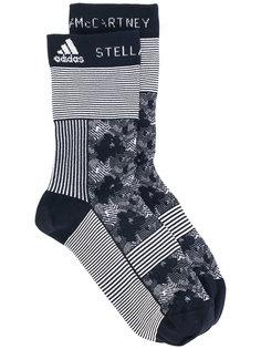 graphic running socks Adidas By Stella Mccartney