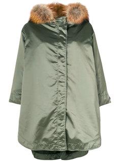 пальто с меховой оторочкой As65