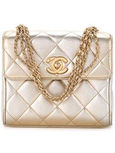 стеганая маленькая сумка  Chanel Vintage