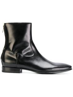 Mac Gill boots  Pete Sorensen