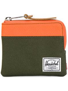 кошелек на круговой молнии Herschel Supply Co.