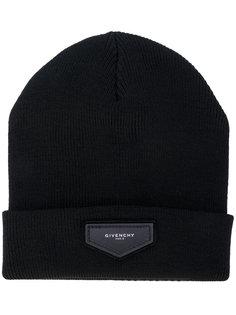 вязаная шапка с нашивкой Givenchy