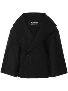 объемная куртка Jacquemus