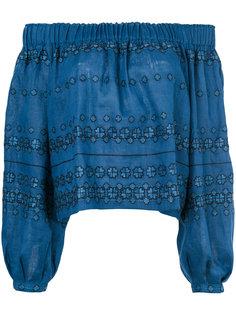 блузка с открытыми плечами и вышивкой Vita Kin