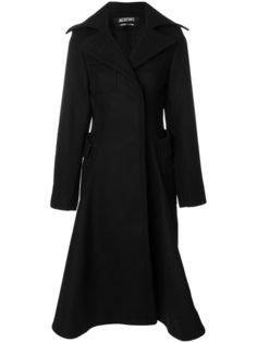 приталенное расклешенное пальто  Jacquemus