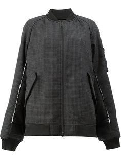 куртка-бомбер в клетку Moohong