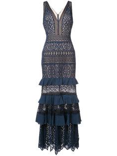 вечернее платье с оборками Tadashi Shoji