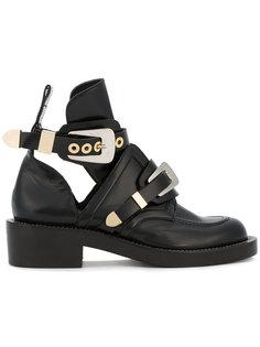 ботинки с декоративными прорезями Balenciaga