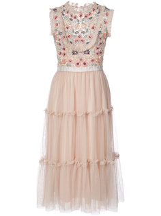 платье с цветочной отделкой Needle & Thread