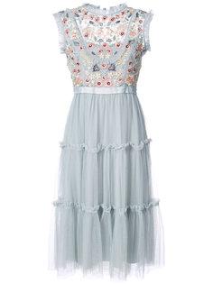 платье с вышивкой Needle & Thread