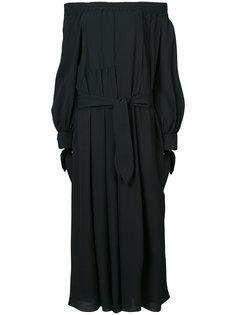 платье с открытыми плечами Derek Lam
