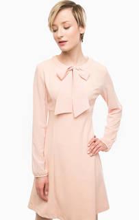 Короткое розовое платье с прозрачными рукавами Pois