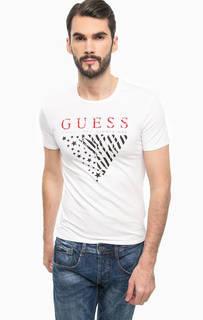 Белая футболка с ярким принтом Guess