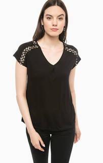 Черная футболка с металлическим декором Guess