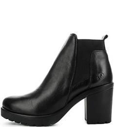 Черные кожаные полусапоги на каблуке S.Oliver