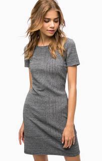 Серое платье с короткими рукавами More & More