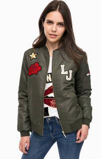 Куртка-бомбер цвета хаки с нашивками Liu Jo Sport