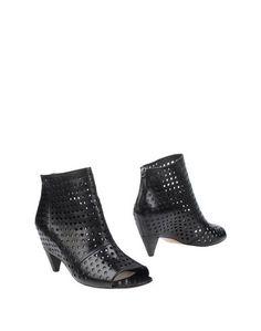 Полусапоги и высокие ботинки EL