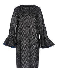 Легкое пальто Capucci