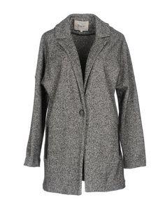 Легкое пальто Yerse