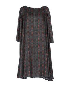 Платье до колена Douuod