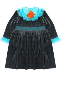 Платье с завышенной талией и контрастными оборками с брошью Gucci