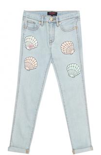 Джинсы с декоративными потертостями и аппликациями Juicy Couture
