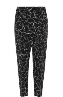 Укороченные брюки с защипами и принтом BOSS
