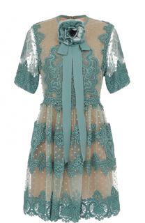 Приталенное кружевное платье с брошью Elie Saab