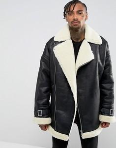 Черная байкерская оверсайз-куртка с искусственной овечьей шерстью ASOS - Черный
