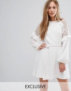 Платье мини с оборками Stevie May - Белый