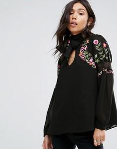 Блузка с вышивкой и завязкой Boohoo - Черный