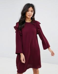 Платье А-силуэта с оборками и рукавами клеш Y.A.S Lullu - Красный