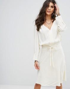 Платье миди с рюшами BA&SH - Кремовый Ba&Sh