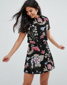 Платье с цветочным принтом Glamorous - Черный