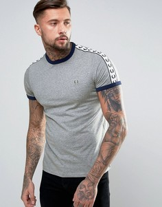 Серая футболка узкого кроя с лентой на рукавах Fred Perry Sports Authentic - Серый